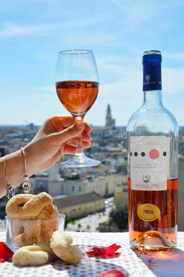 Taralli dolci al vino negroamaro rosato